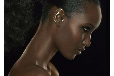 gold ear makeup