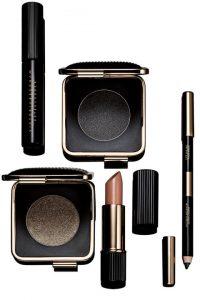 hbz vb makeup 02 1 200x300 - Victoria Beckham Makeup Collection for Estée Lauder