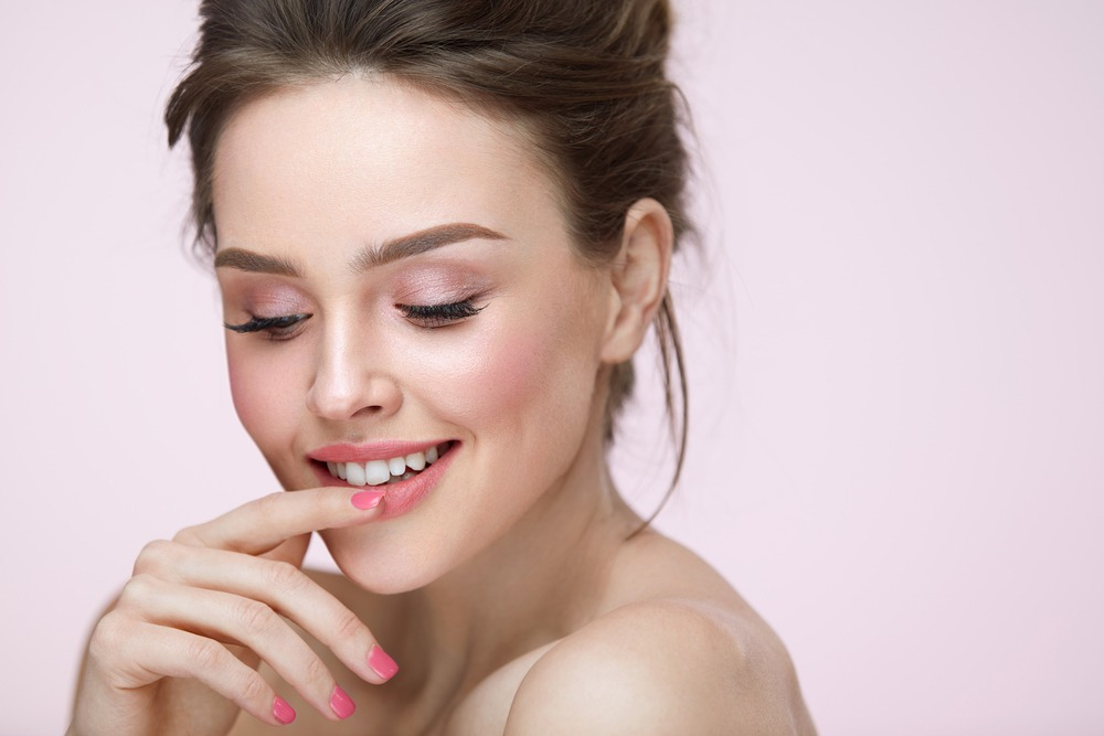 Blush Makeup Tips For A Natural Look