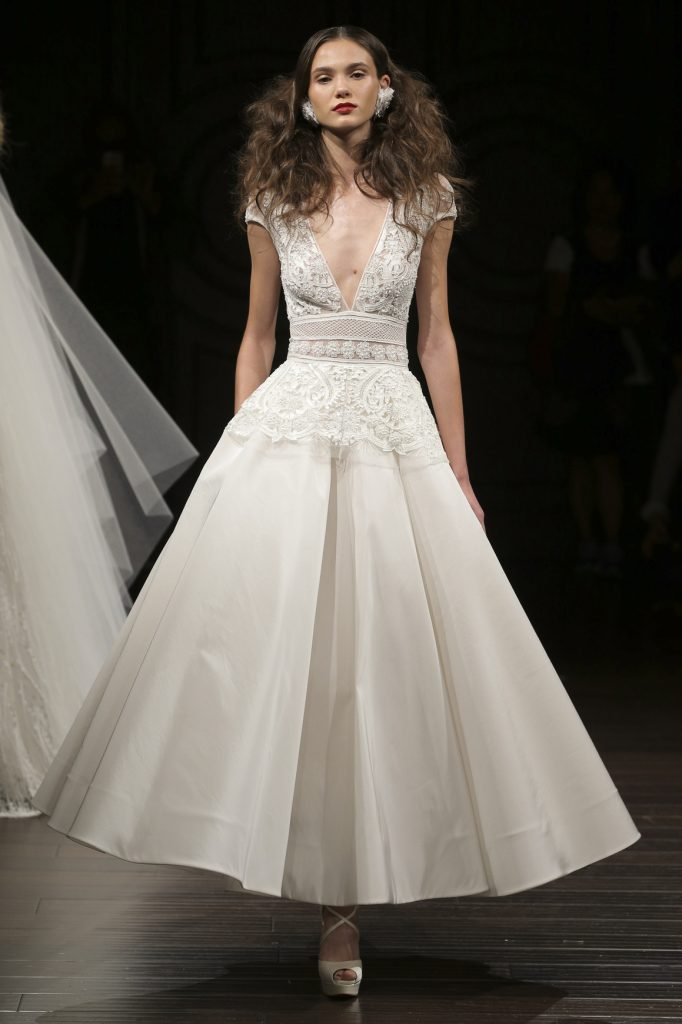 15 most gorgeous wedding dresses from ny bridal fashion for Wedding dress boutiques in nyc