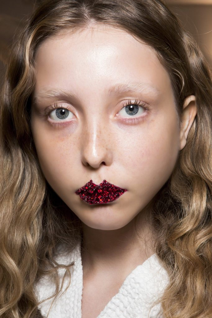 Gucci bbt F17 012 682x1024 - Pat McGrath: 18 Most Beautiful Runway Makeup Looks