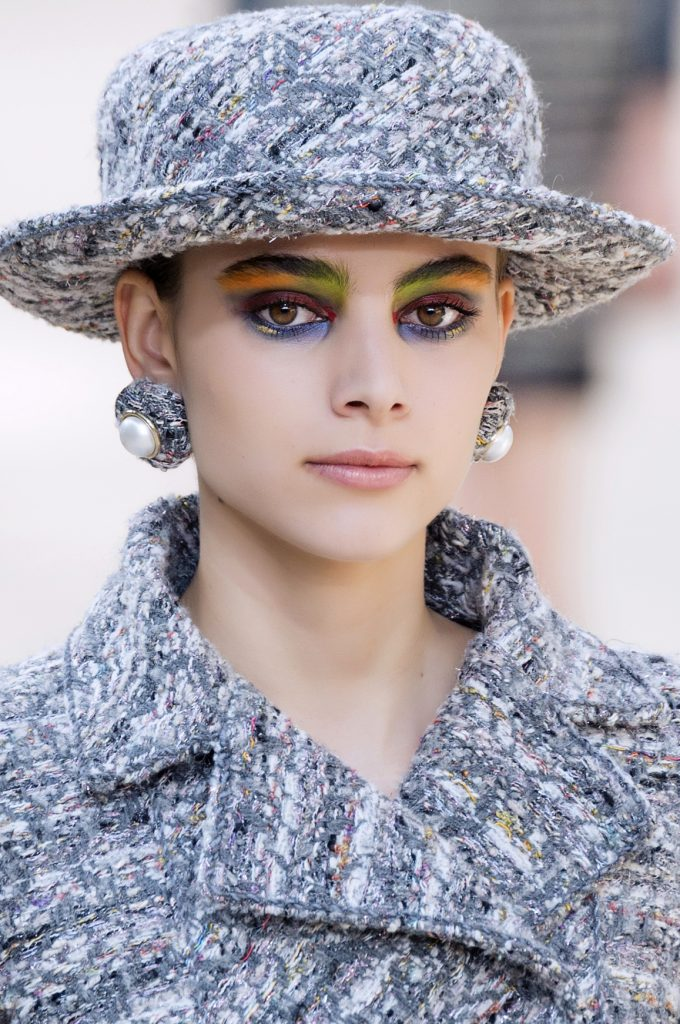 Chanel HC bjx F17 006 680x1024 - Chanel's Haute Couture for Fall 2017 was as Parisian as it can be