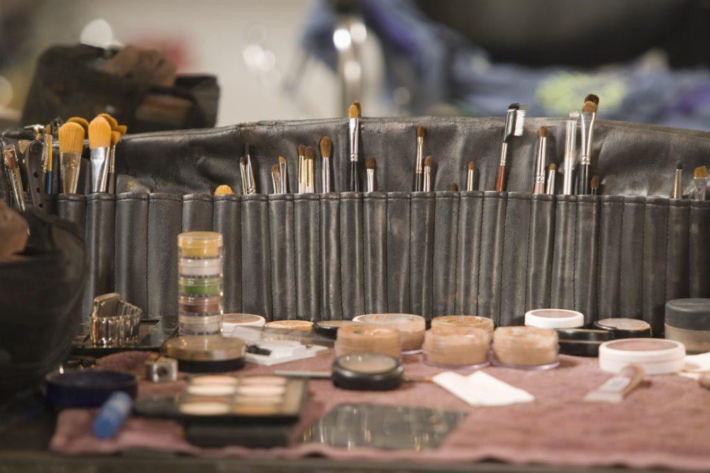 Depositphotos 34000341 l 2015 1024x682 - Notes on Becoming A Bridal Makeup Artist