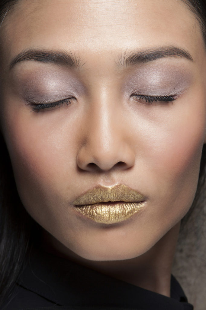 Aigner bbt S14 019 1 682x1024 - New Year's Eve Makeup Ideas You'll Actually Want to Try