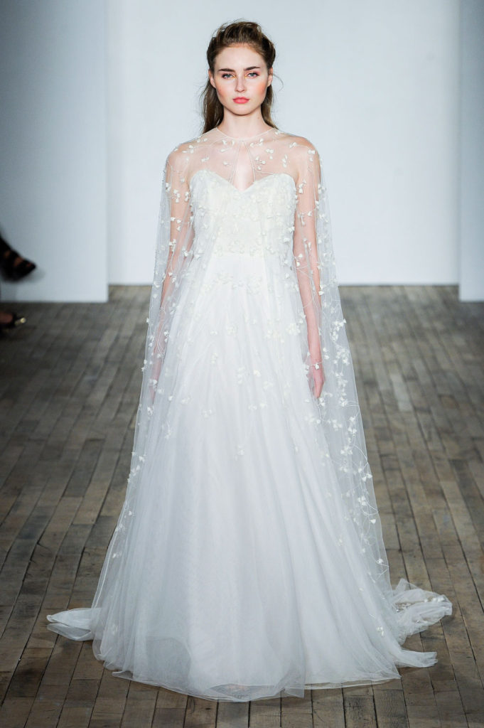 Allison Webb brd F18 007 681x1024 - 9 Must-See Fall 2018 Wedding Dress Trends