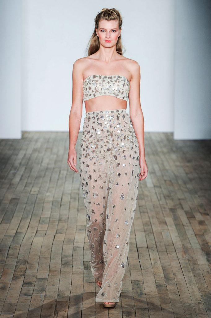 Hayley Paige brd F18 013 681x1024 - 9 Must-See Fall 2018 Wedding Dress Trends