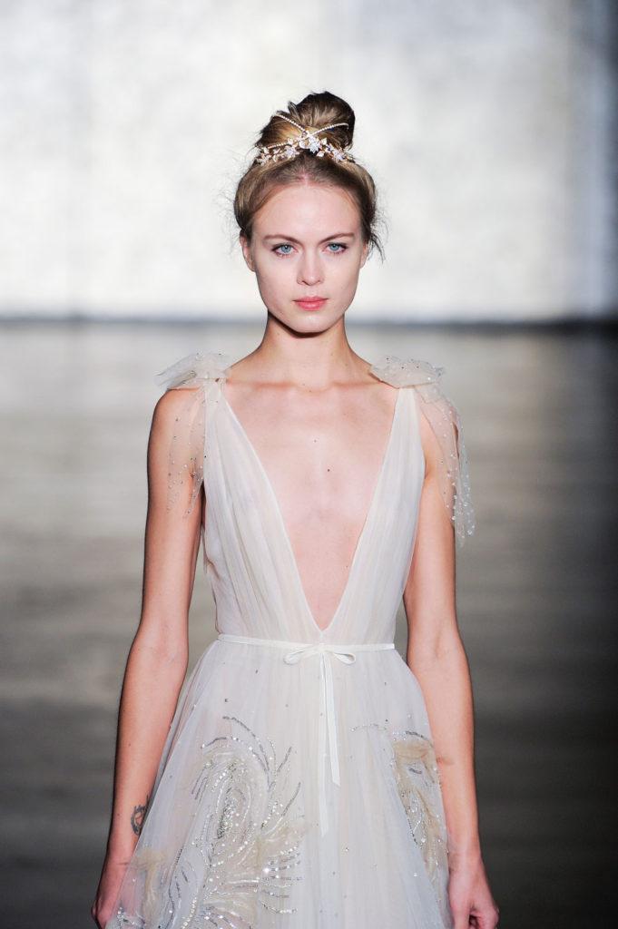 Inbal Dror brd F18 021 681x1024 - 9 Must-See Fall 2018 Wedding Dress Trends