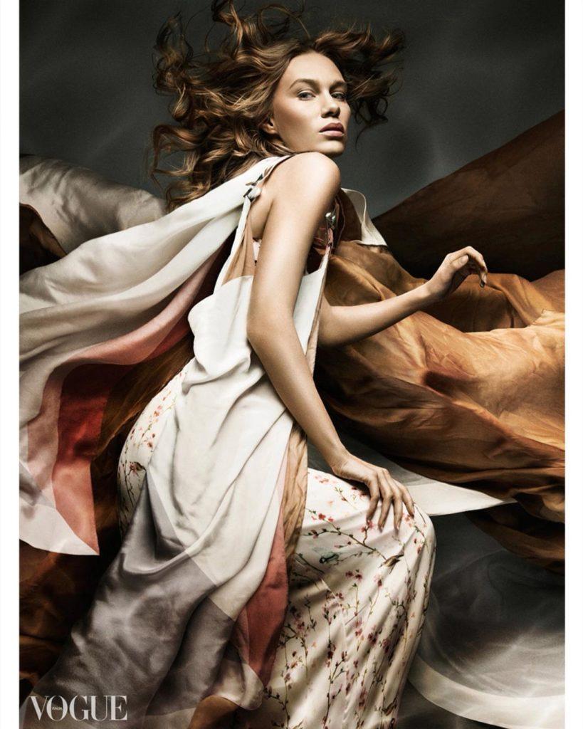 19227242 1828371480807493 520874198931865600 n 819x1024 - 21 Fashion&Beauty Photographers to Follow on Instagram