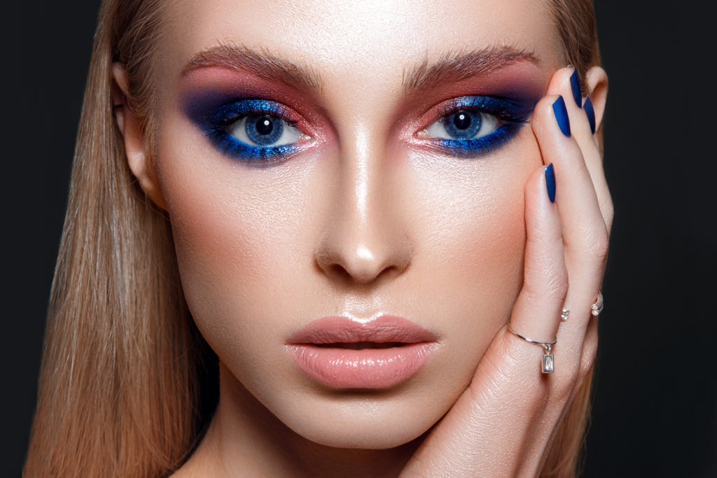 Depositphotos 196038286 l 2015 1024x683 - 11 Things Retouchers can Learn from Makeup Artists