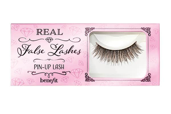 benefitpinuplash - False Eyelashes 101: Everything You Need to Know About Falsies