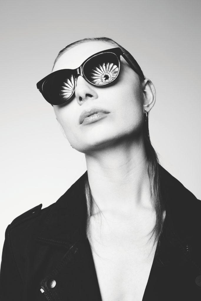 frank uyt den bogaard VarsXu3oFTI unsplash 683x1024 - 10 Style Essentials for a Fashion Photoshoot