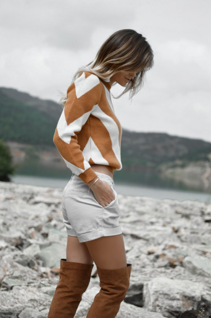tamara bellis pONwcn4IcVU unsplash 681x1024 - 10 Style Essentials for a Fashion Photoshoot