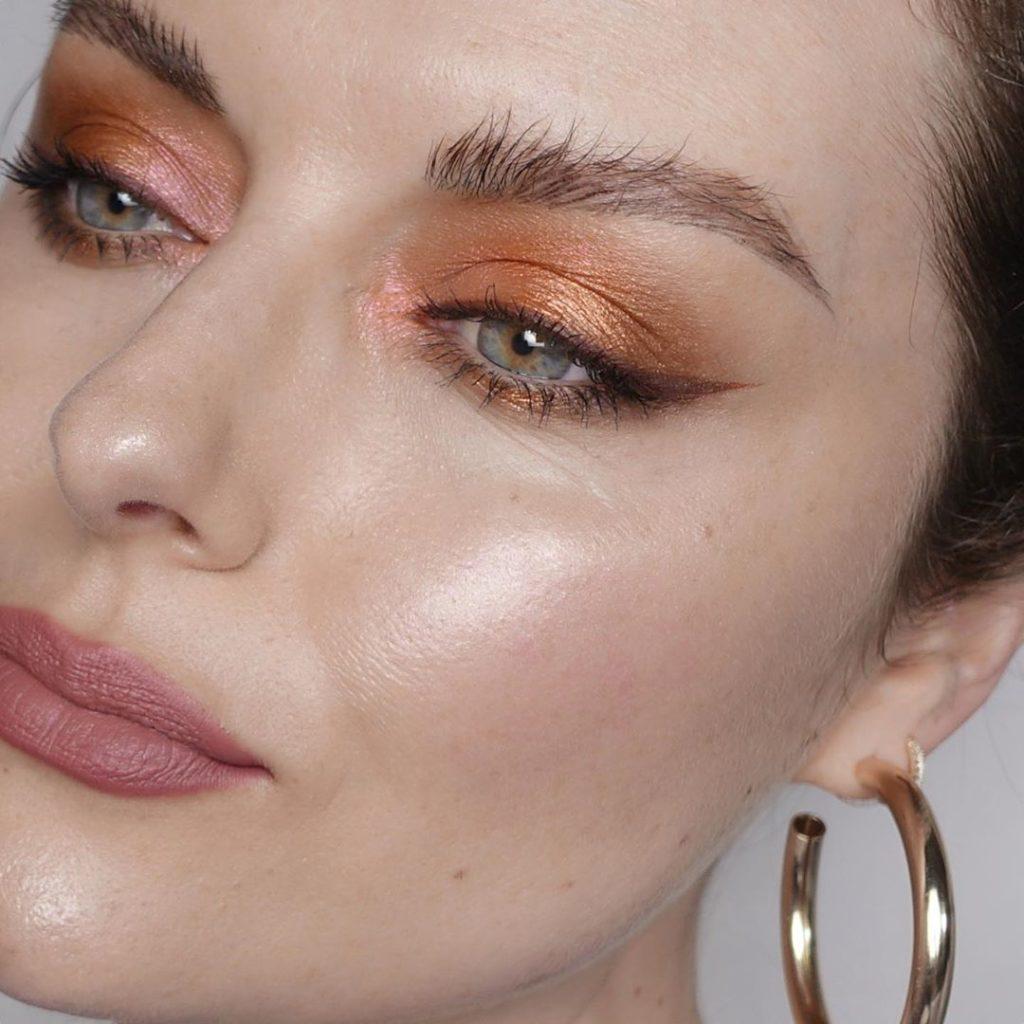 @katiejanehughes 1024x1024 - 18 Makeup Artists to Follow on Instagram