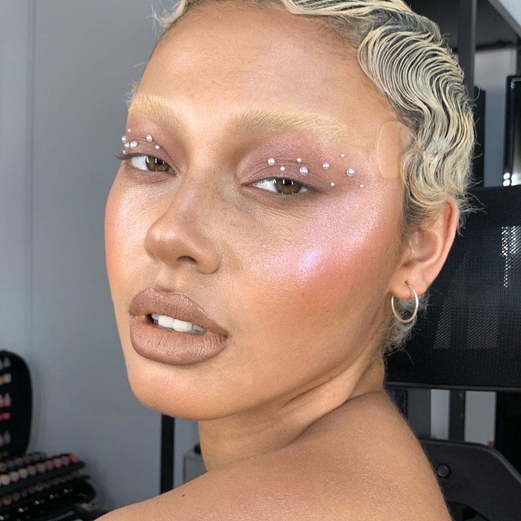 @isabelle.de .vries  1024x1024 - 18 Makeup Artists to Follow on Instagram