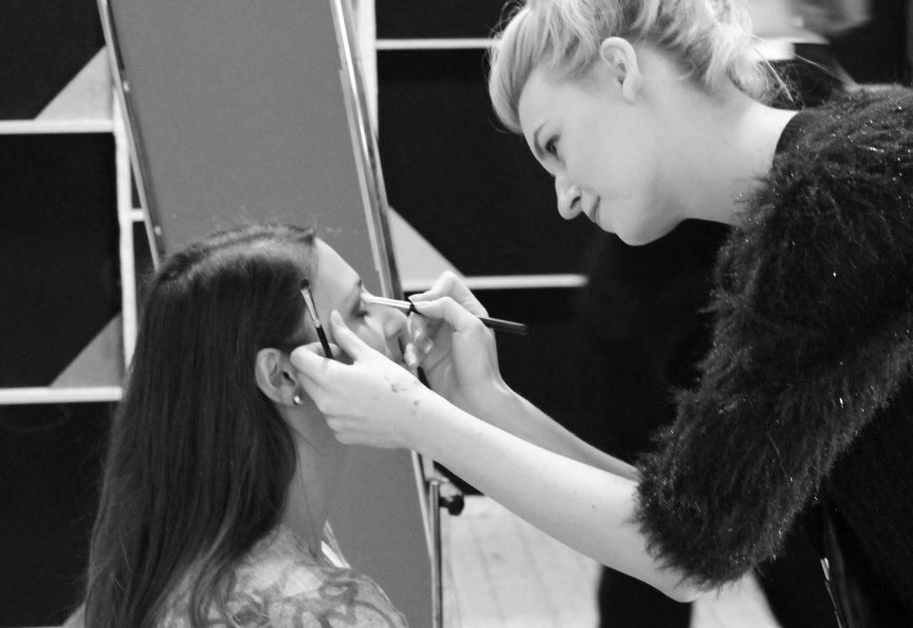 Depositphotos 100338640 l 2015 1024x704 - How Makeup Artists Can Get Published in Fashion Magazines