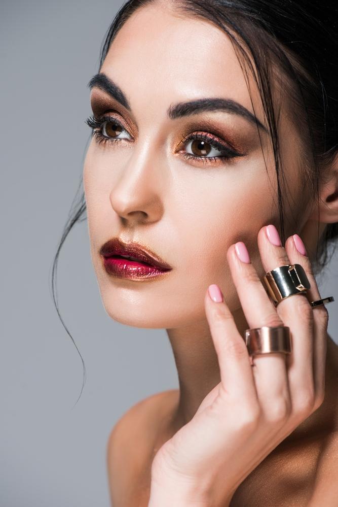 Depositphotos 207434264 s 2019 1 - Steps on Editing a Professional Makeup Portfolio