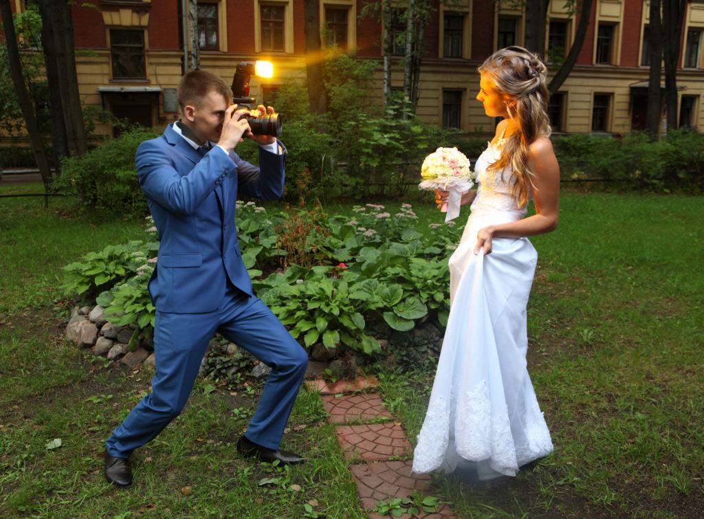 Depositphotos 53854267 l 2015 1024x755 - Notes on Becoming A Bridal Makeup Artist
