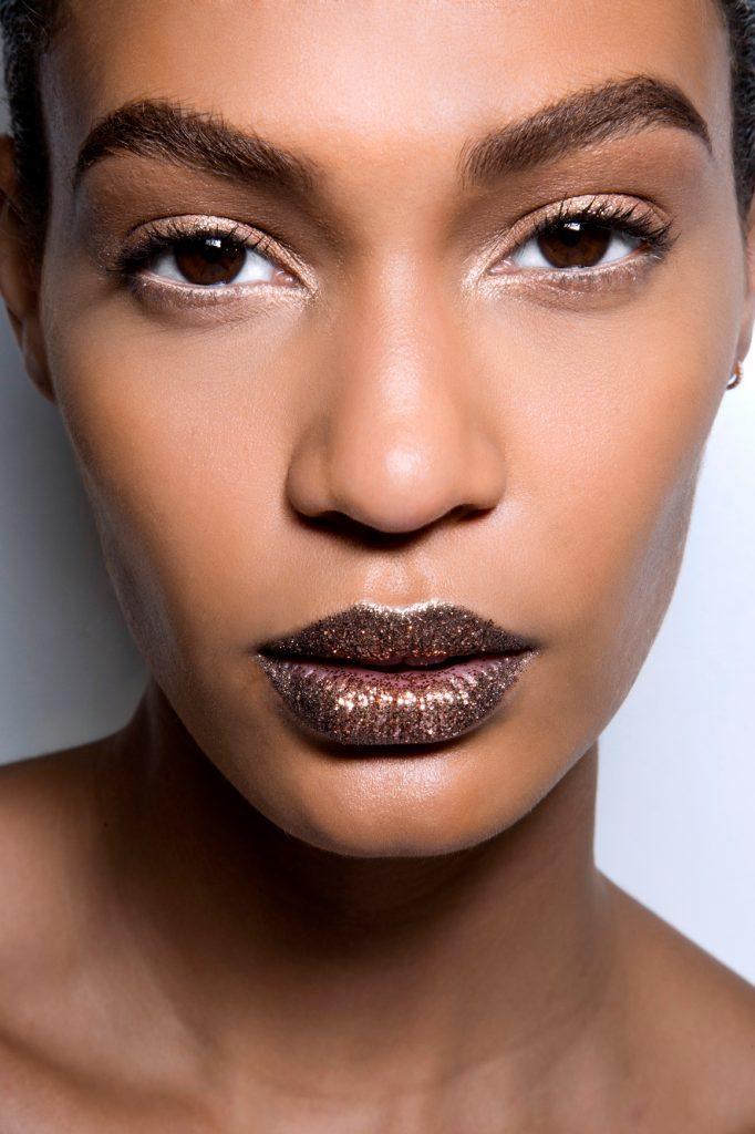 Dior HC bbt F13 022 682x1024 682x1024 - Gold Makeup: Beauty In Carats