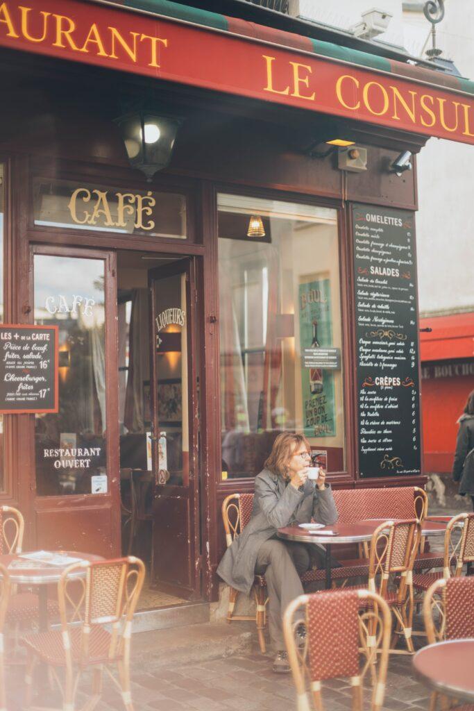 pexels elina sazonova 1850626 683x1024 - The Parisian Woman: Le French Chic Lifestyle Guide