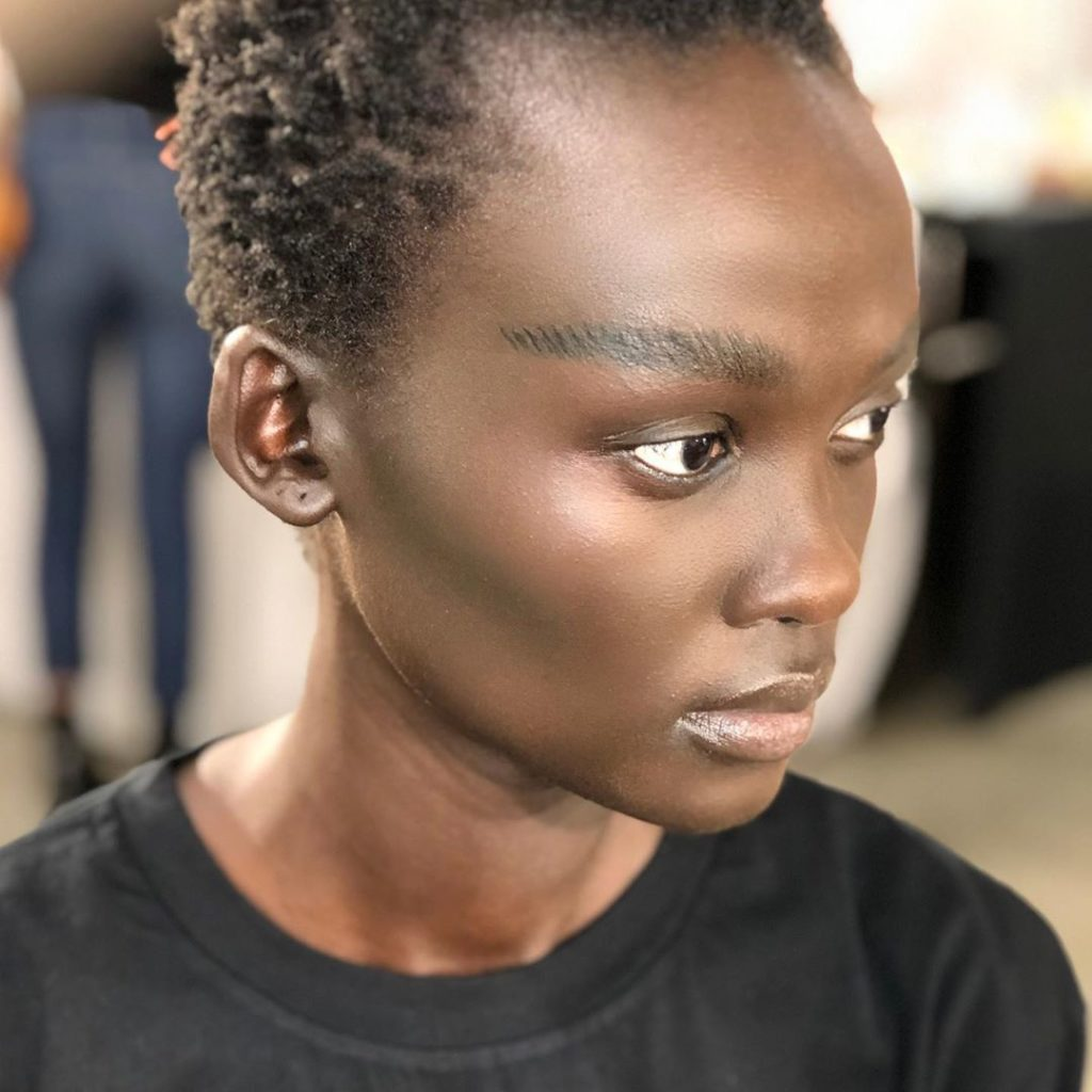 69891663 397494657829479 1328457279265126706 n 1024x1024 - Simplicity is the New Luxury - Interview with Makeup Artist Netta Szekely