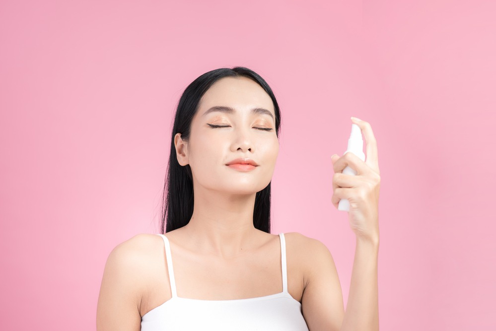 spray fix makeup - The Key to Long-Lasting Makeup