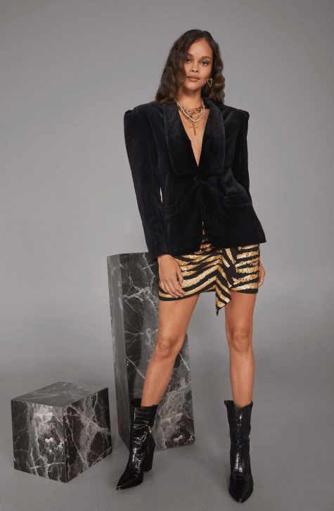 Blazer1 - 10 Things Every Fashionable Woman Should Have