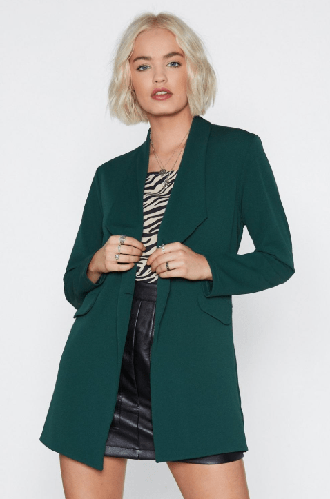 Blazer2 - 10 Things Every Fashionable Woman Should Have