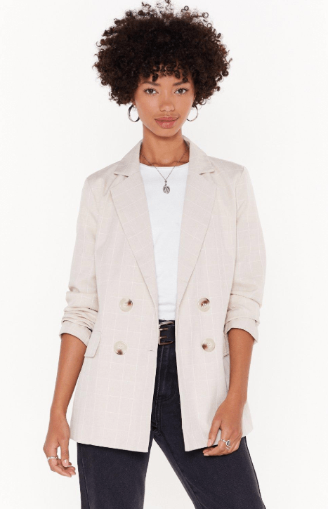 Blazer3 - 10 Things Every Fashionable Woman Should Have