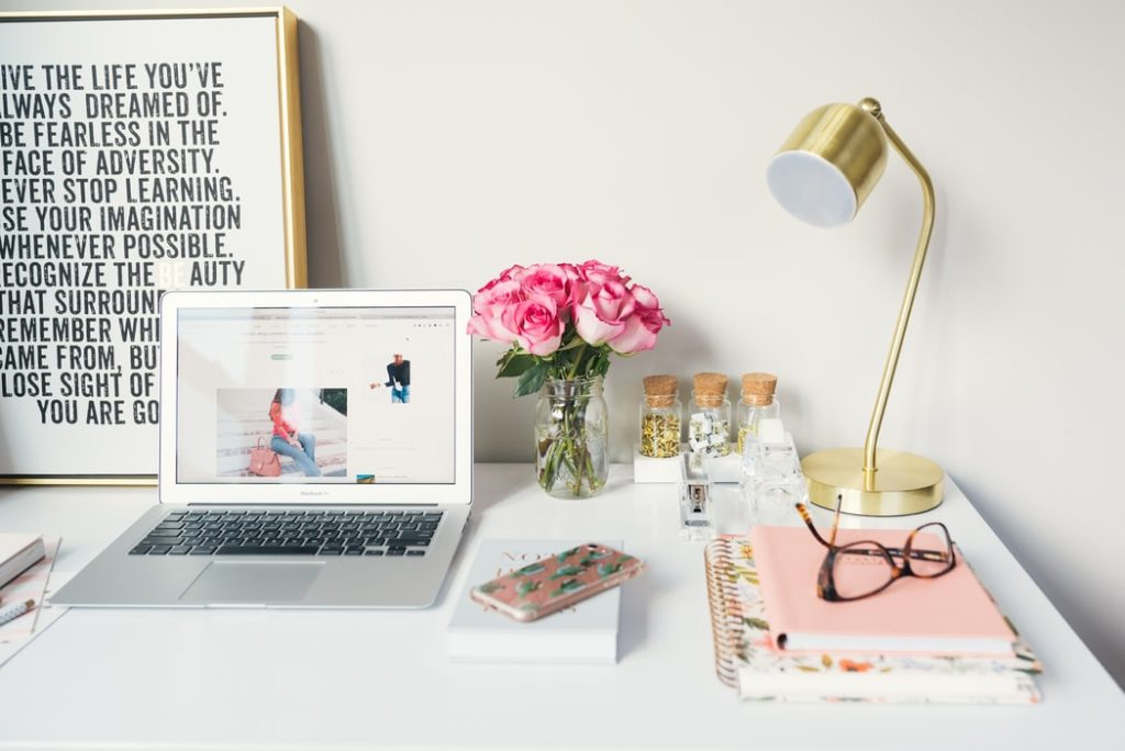 Unsplash1 1024x684 - Steps to Becoming A Successful Influencer