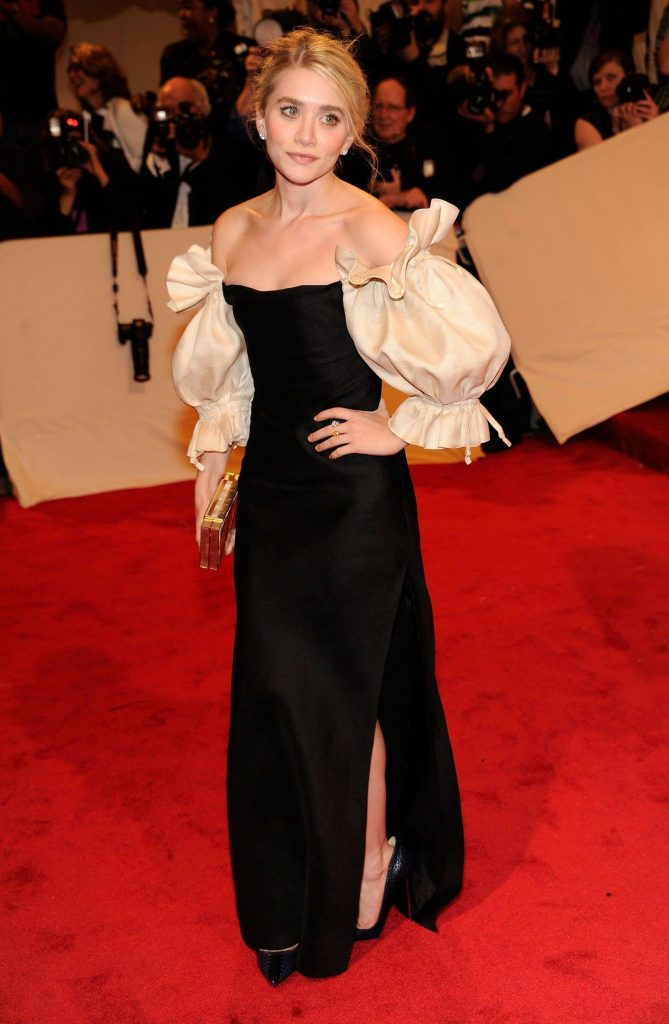 2011 2 669x1024 - Our Favorite Met Gala Looks in the Last Decade
