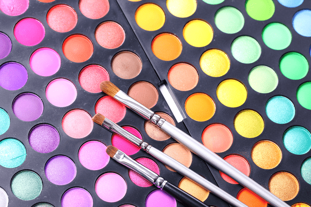 rsz 21331 1 - Everything a Makeup Artist Needs to Fill Their Kit and Start Working with Clients