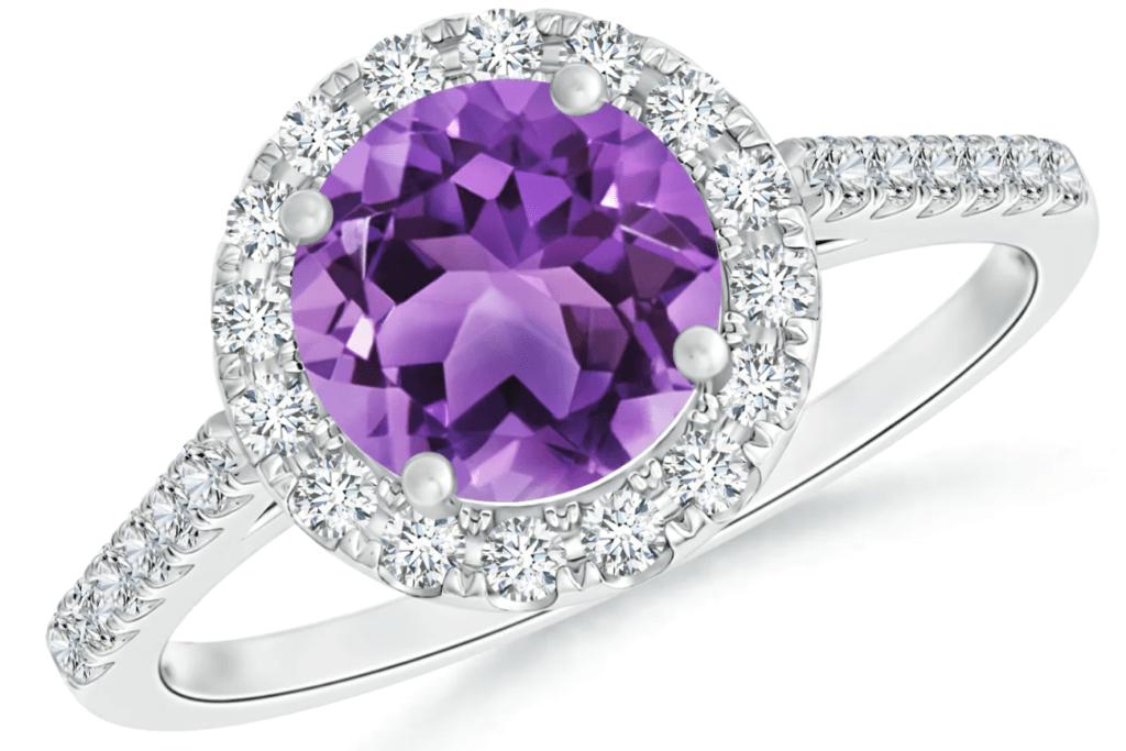 Screenshot 28 1 1024x683 - 20 dreamy engagement rings